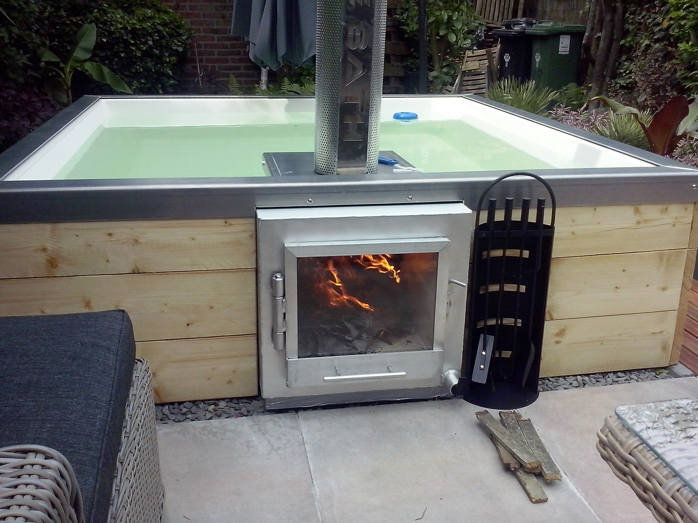 Lounge Bath aluminium hot tub vierkant